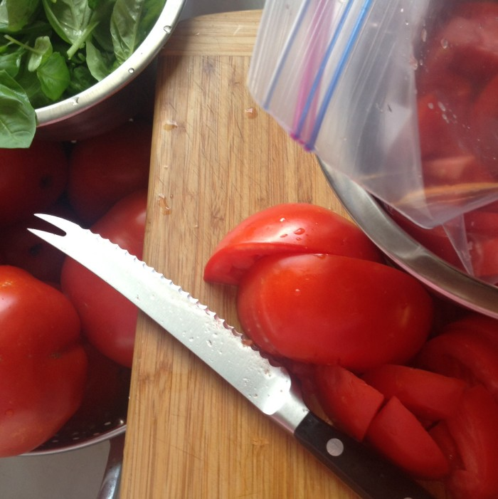 8 pounds do tomatoes | photo gourmet-metrics